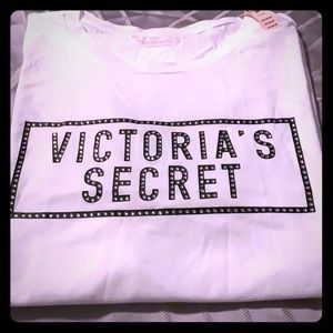 Victoria's Secret tee shirt!! NWT